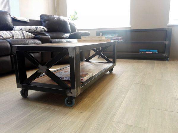 Консоль и журнальный стол в стиле лофт в процессе производства 25