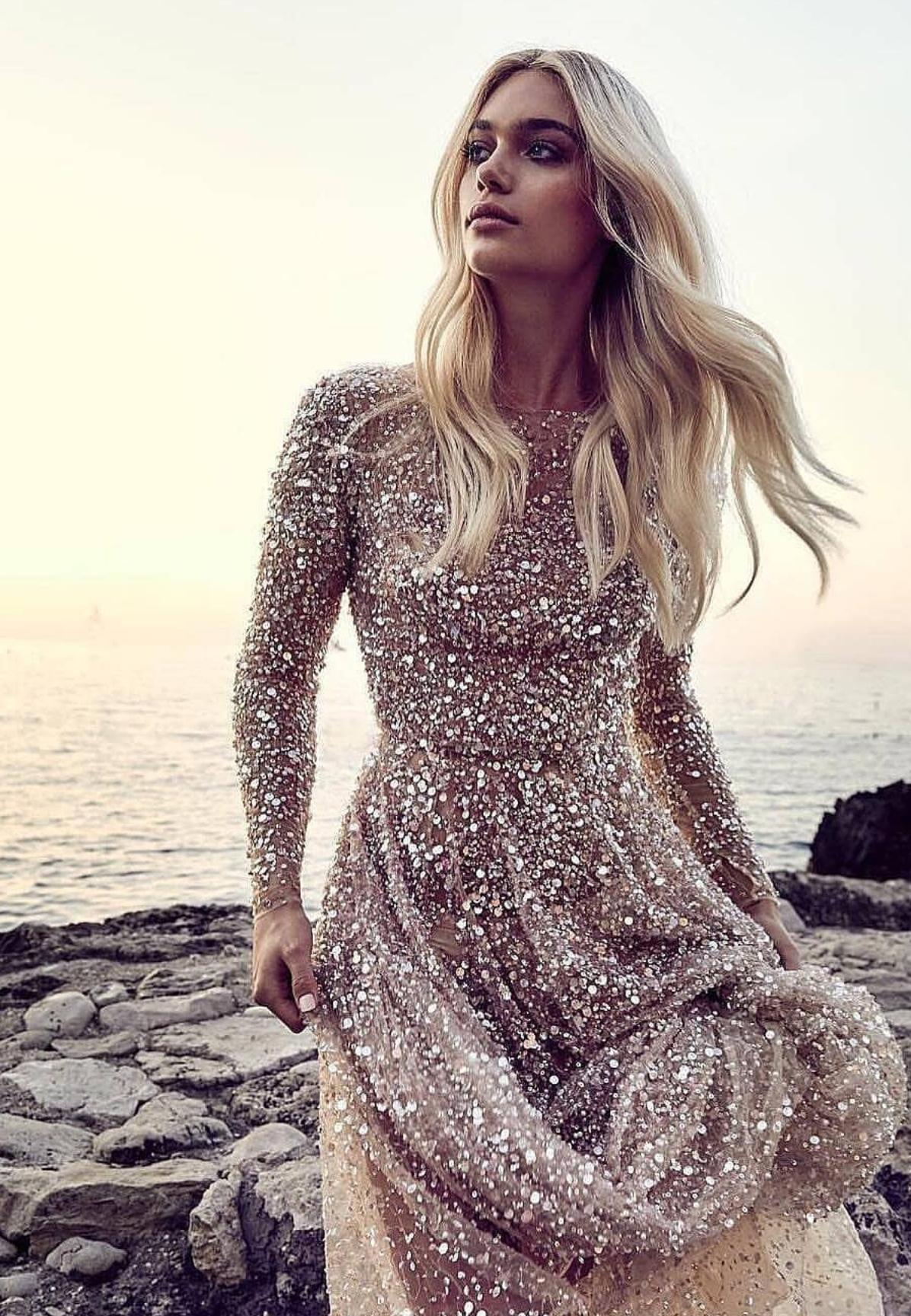 картинка Вечернее платье с пайетками и жемчугом X103455 интернет бутик Avolet.ru