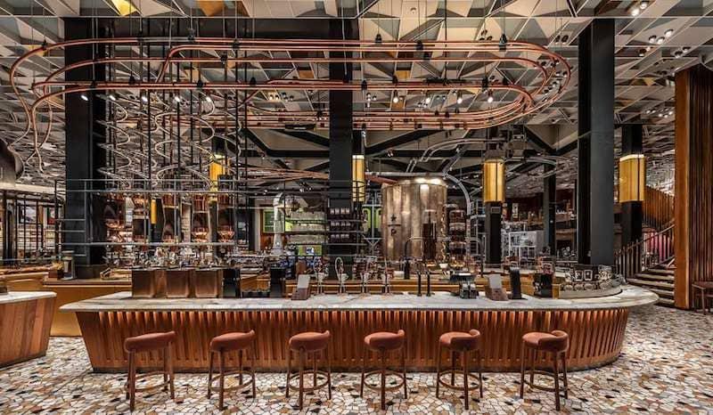 Дизайн интерьера кафе Starbucks B&B Italia
