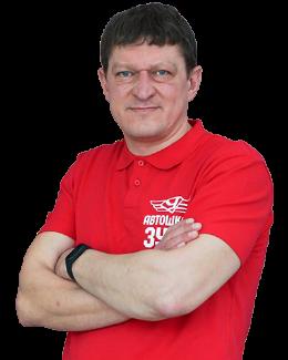 Максим Шефер, инструктор автошколы ЗУКК, Златоуст