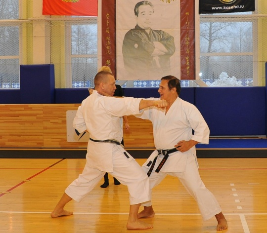 Альберт Боутбоул (слева) и Игорь Садовников в Санкт-Петербурге