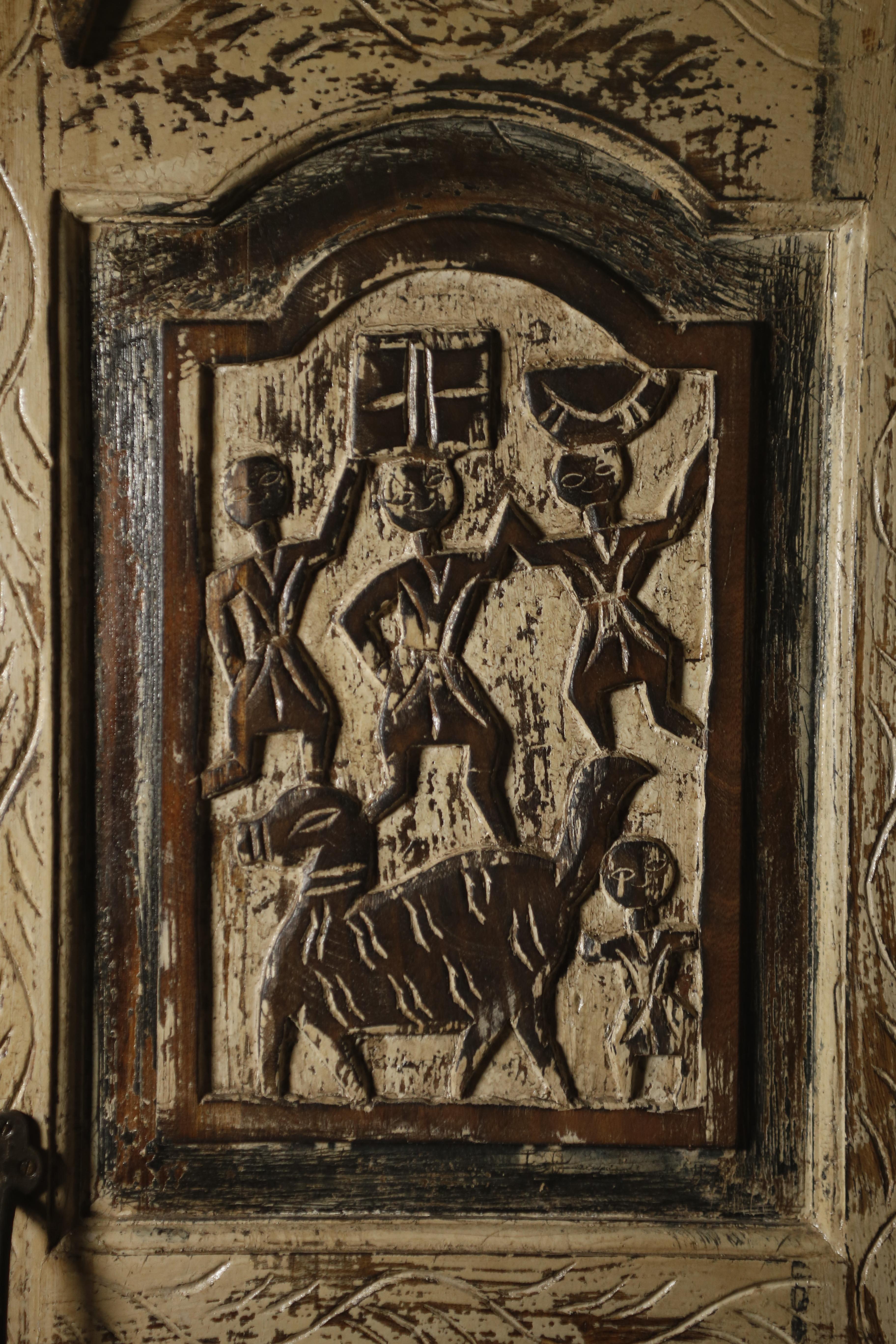 """картинка Шкаф резной деревянный GH-05 от магазина """"Бохо-Деко"""""""