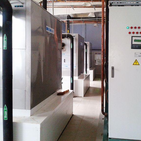 Суммарная мощность 3х независимых охладителей 1200 кВт.