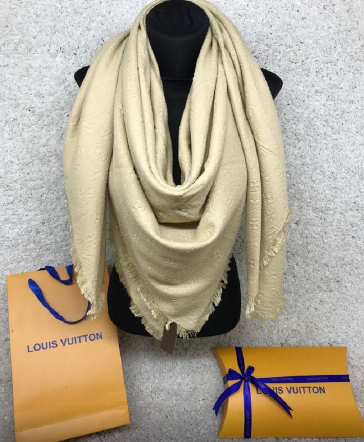 Купить платок LV