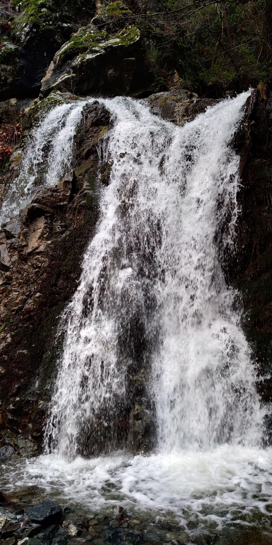 водопад Кантара на Кипре