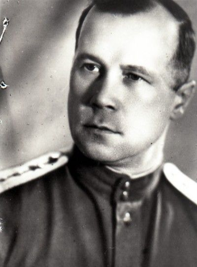 Начальник подвижной пожарной лаборатории Выморков. Фото 1946 г.