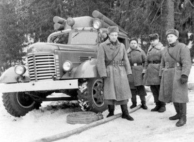 Б.В.Мегорский и К.П. Смирнов на пожаре в пос. Сиверский (фото 1953г.)