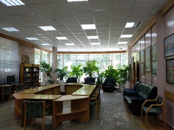 Библиотека № 147 им. С.С. Орлова (Домодедовская, 11)