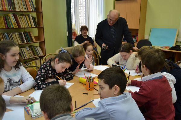 Библиотека № 148 им. Ф.И. Тютчева (Артековская, 2к1)