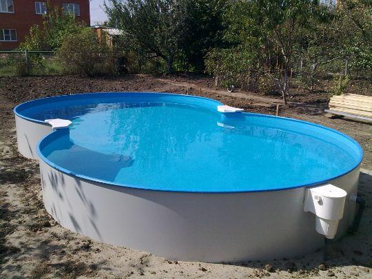 Сборный бассейн на улице