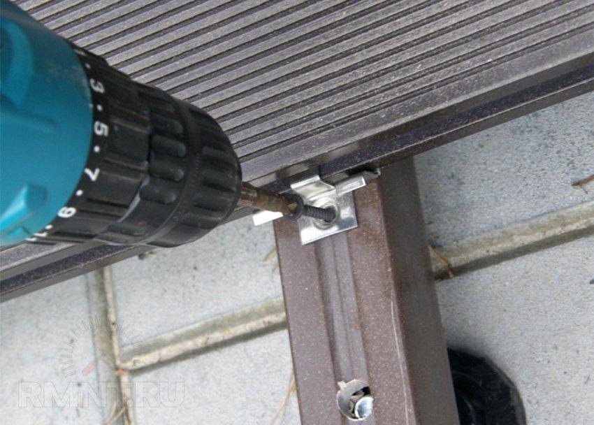 картинка Лага регулируемая 40/30/4000 мм от магазина ЛамаДек