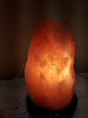Соляная лампа скала