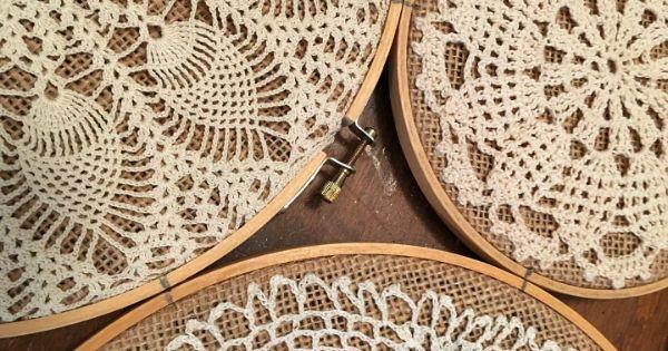 панно из вязаных салфеток
