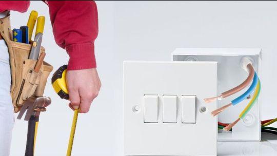 Услуги электрика в новокузнецке