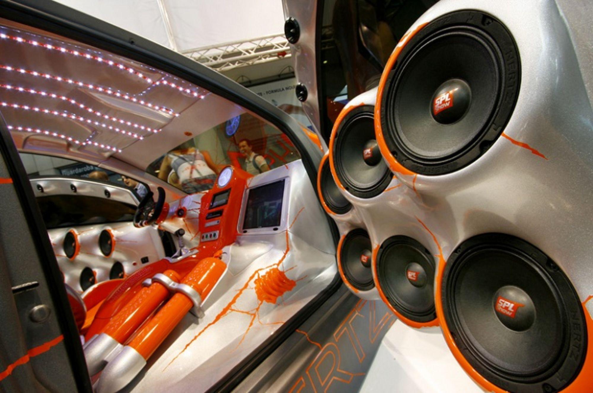 испечь фото машины с музыкой печатает без остановки