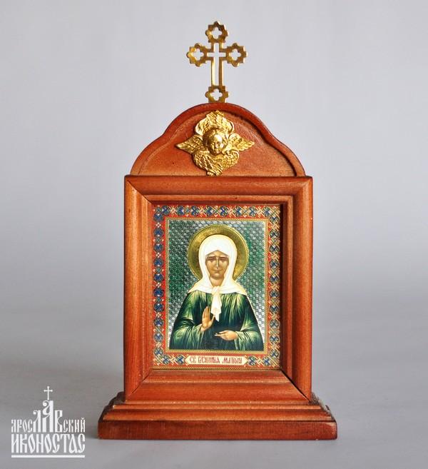 картинка Икона с частицей покрова Св. Блаж.Матроны                                                           с аркой на подставке от магазина мастерской Ярославский иконостас